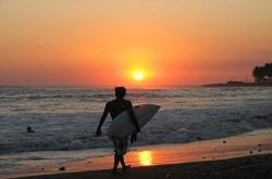 Montañita: Surf, Playa y Diversion - 7 Nts